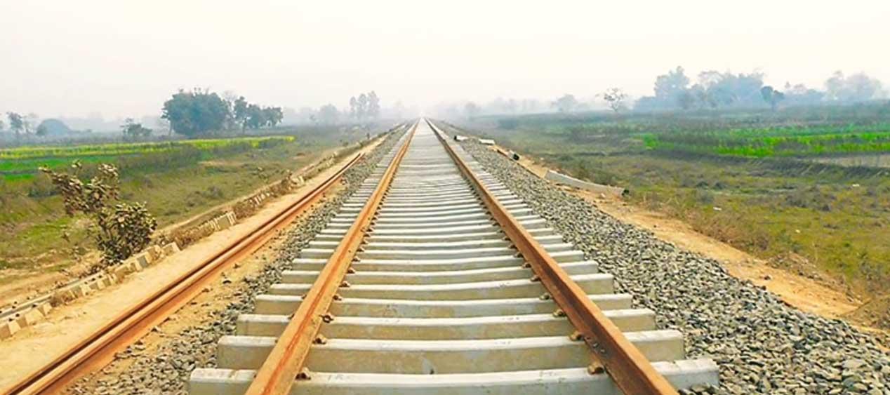 India to help Nepal build rail link to Kathmandu